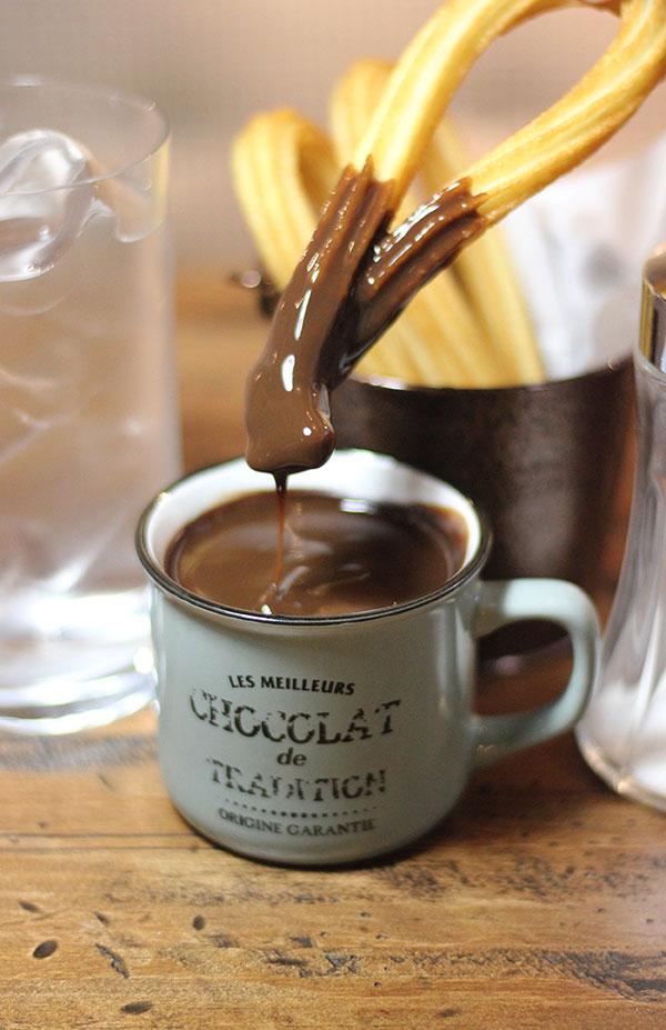 Desayunar chocolate con churos